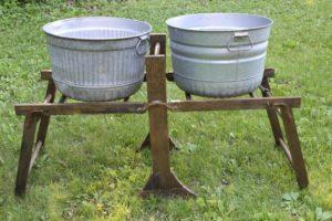 Wooden Wash Basin Rack