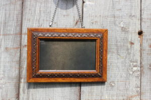 Hanging Oak Frames