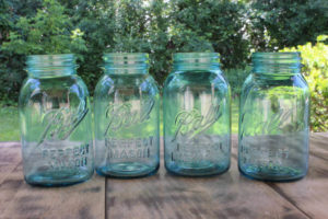 Blue Quart Mason Jars- Vintique Rental WI