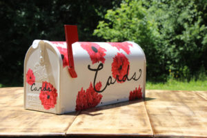 Tabletop Flower Mailbox