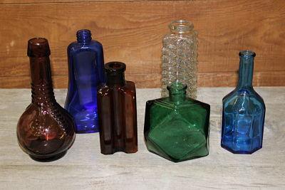 Bottles Vintique Rental-Wisconsin Wedding