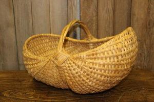 Vintique Rental-Wisconsin Wedding Basket