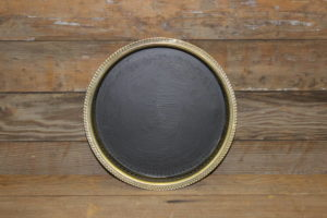 F187 Deep Set Round Gold Platter Chalkboard