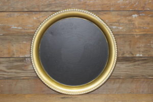 F196: Circular Gold Feathered Trimmed Platter Chalkboard