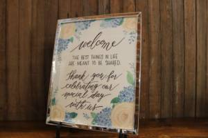 J24: Blue Floral Welcome Sign