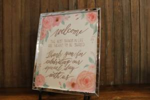 J23: Pink Floral Welcome Sign