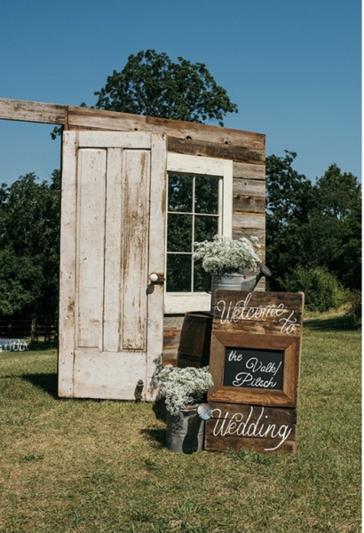 Welcome Pallet Chalkboard