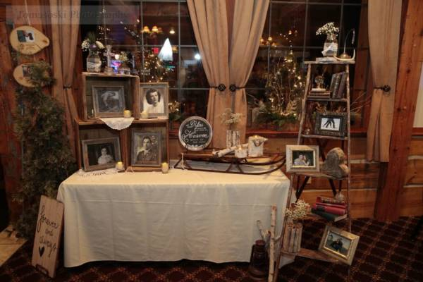 Winter Table & Ladder Display