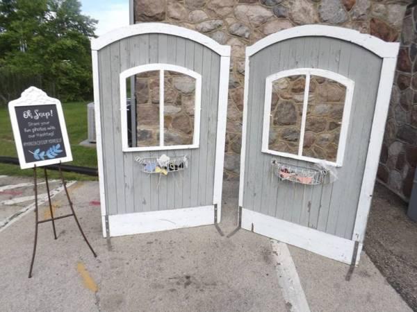 Barn Doors w/ Windows