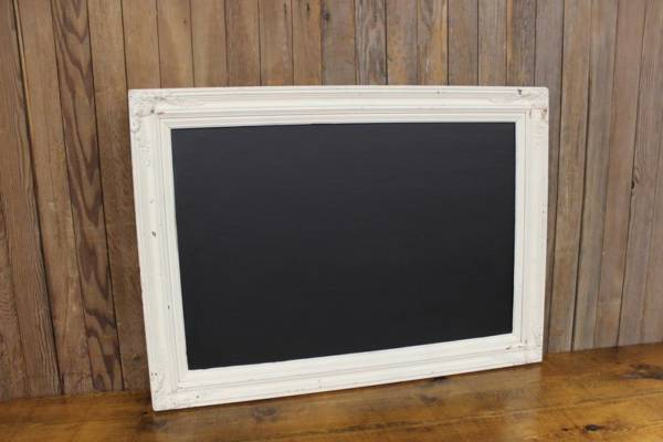 F182 Cream Floral Draped Chalkboard-L