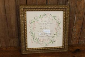 "J43: Floral Laurel ""Unplugged"" Sign"