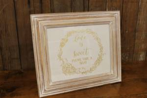 "J45: Gold Laurel ""Sweet/Treat"" Sign"