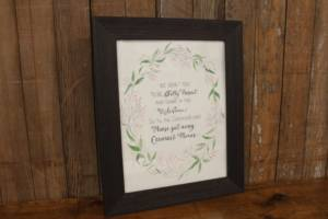 "J49: Oval Floral Laurel ""Unplugged"" Sign"