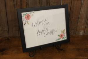 """J56: Feather Floral """"Happily Ever After"""" Sign"""