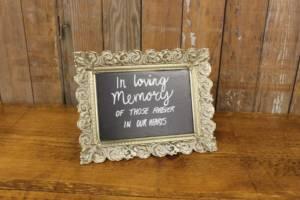 "F482: Silver Pre-Written ""In Loving Memory"" Sign"