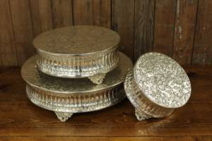 Bright Silver Round Cake Stand Set