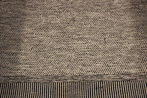 Dark Gray Chevron Rug-M