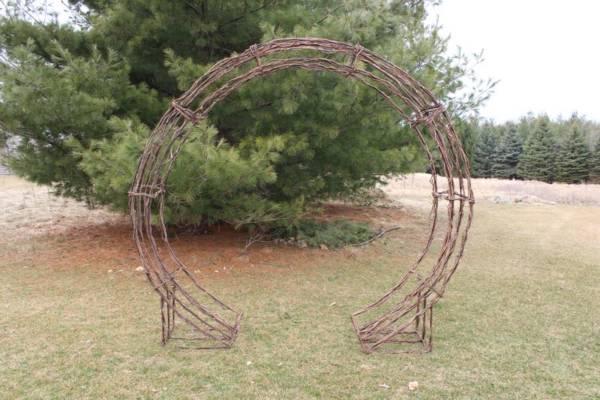 Circular Twig Arch